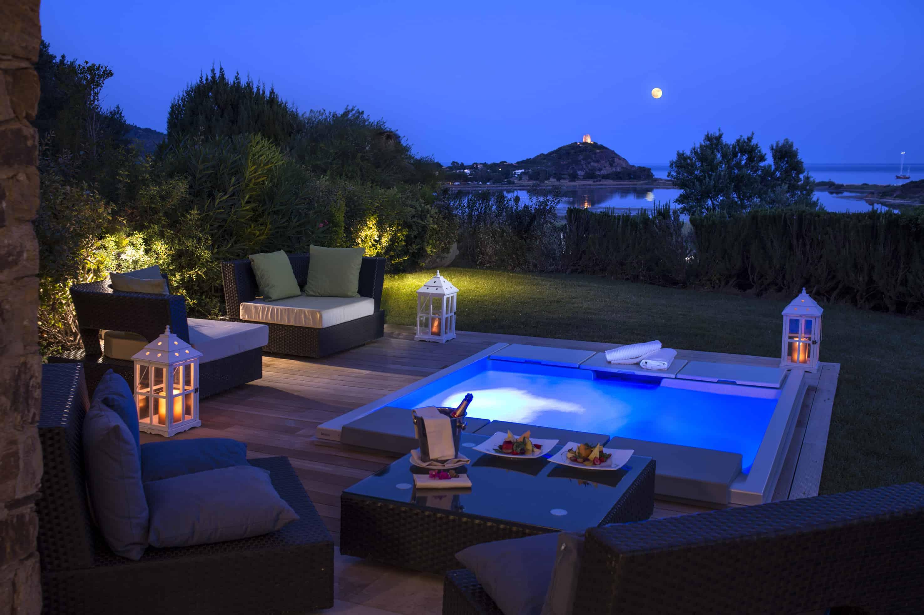 chia laguna resort chia laguna holiday resort sardinia. Black Bedroom Furniture Sets. Home Design Ideas