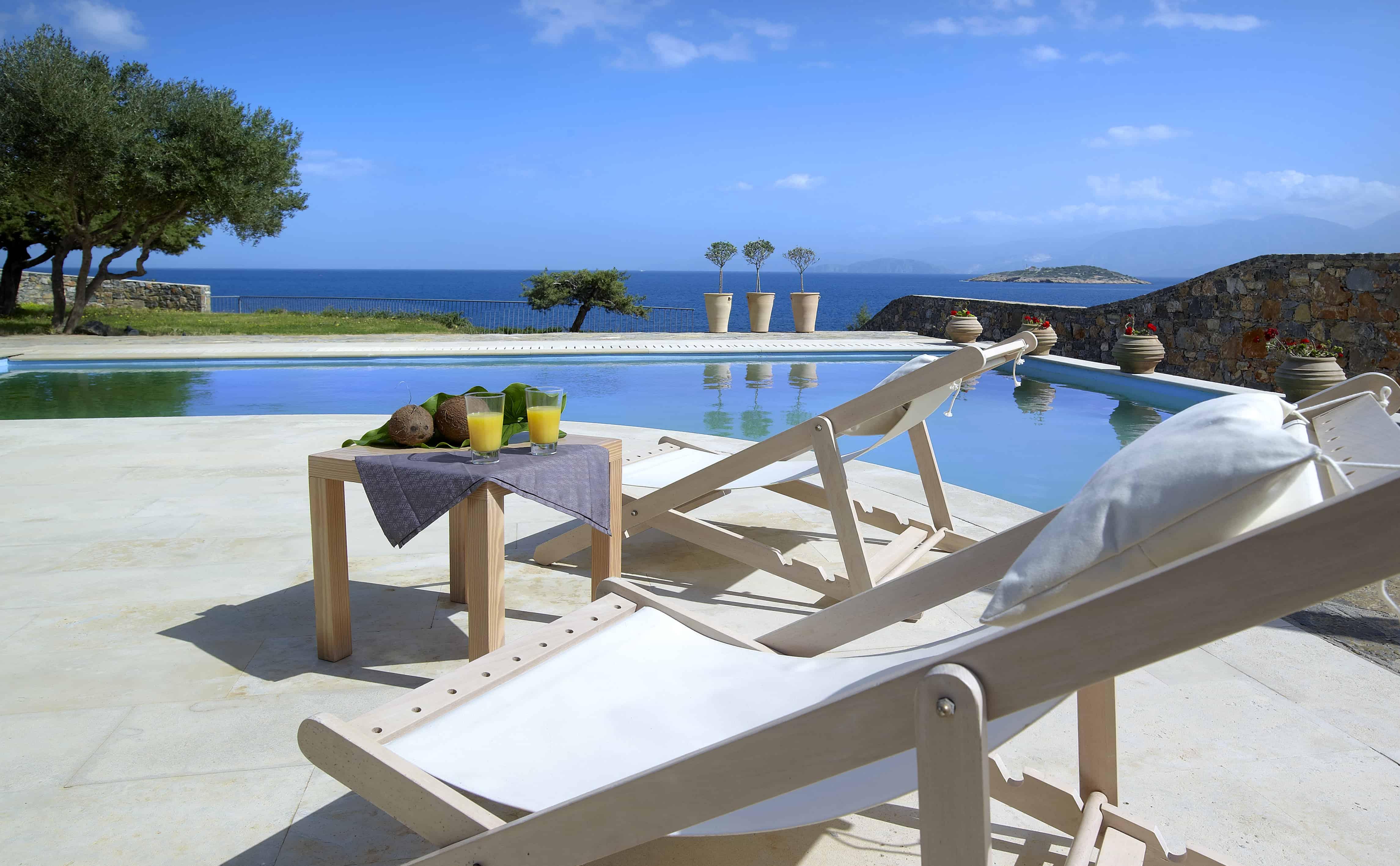 St nicolas bay crete for Infinity pool design uk